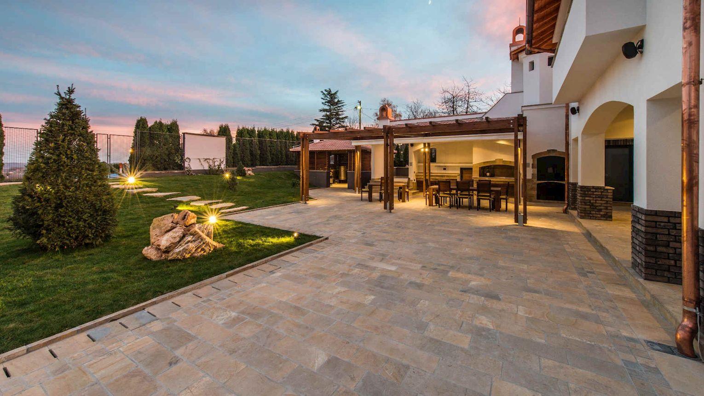 Materialien von Terrassenplatten