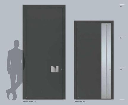 Raumhohe Haustüren für großzügige Eingangsbereiche aus Aluminium