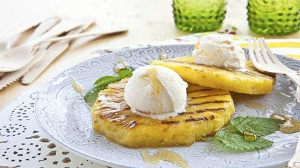 Grillrezepte Obst grillen Ananas