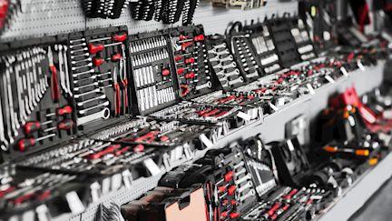 Handwerkzeuge und Befestigungstechnik